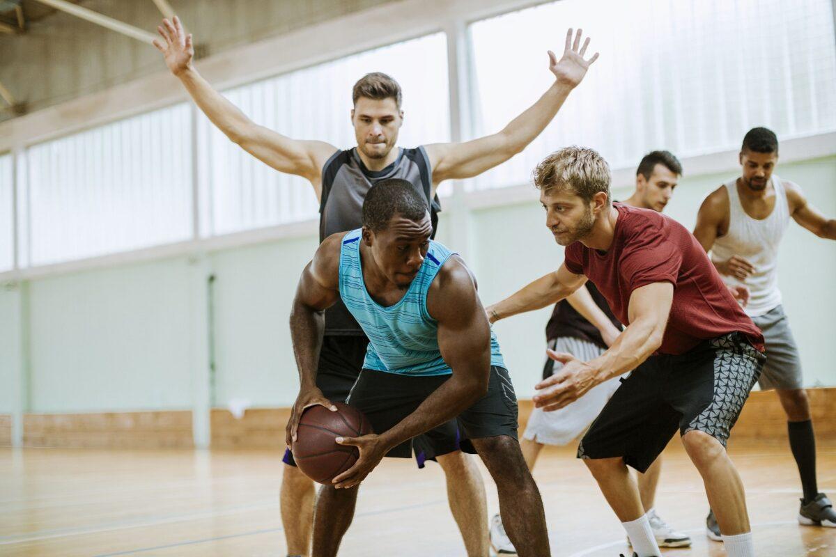 hand sports injuries basketball